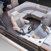 VF25F2plus2 Luxury Mid Deck