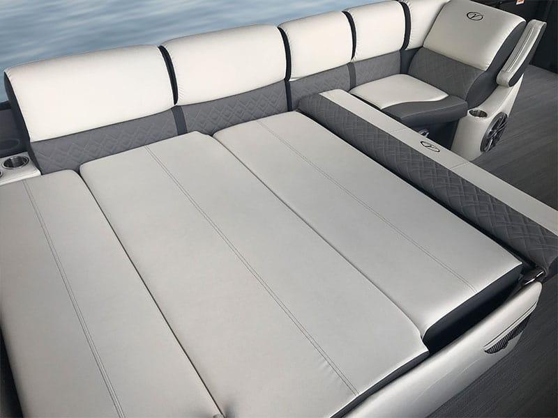 Versa lounge full-recline